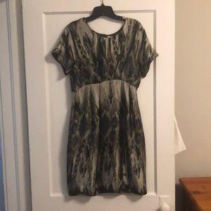 Dress. Size L. Pockets